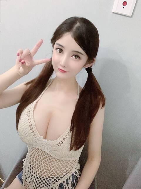 北京外围清纯校花女友风酥胸蜂腰3